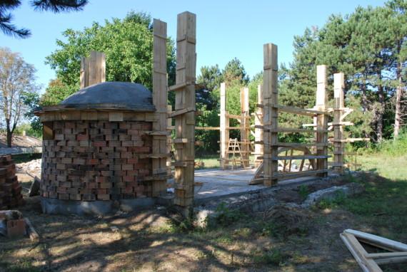 """Възобнови се строителството на храм """"Св. Пророк Илия"""" в с. Малина"""